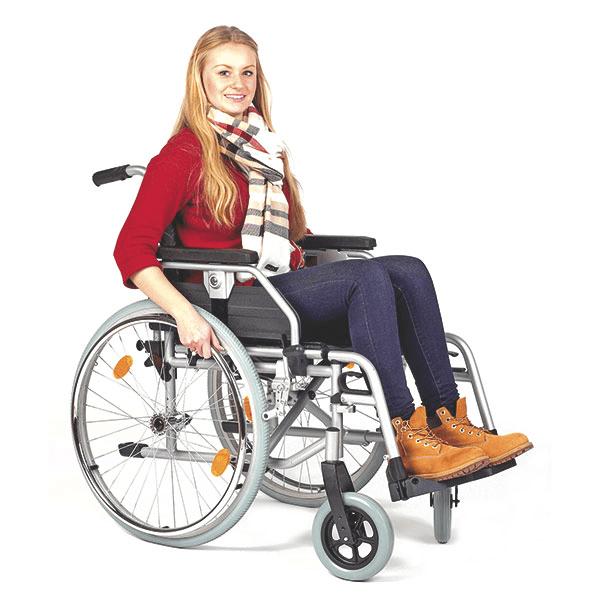 Rollstuhl aus Stahl